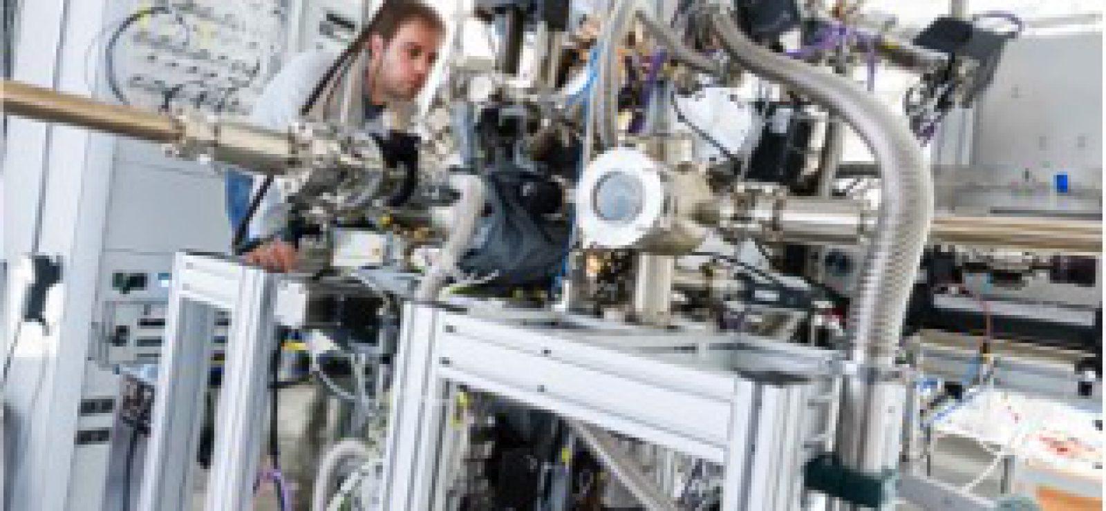 High-Pressure-Photoelectron-Spectroscopy-HiPPES